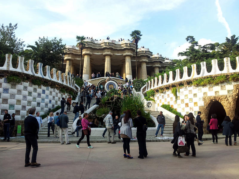公园安东尼Gaudi巴塞罗那,卡塔龙尼亚,西班牙Guell  图库摄影