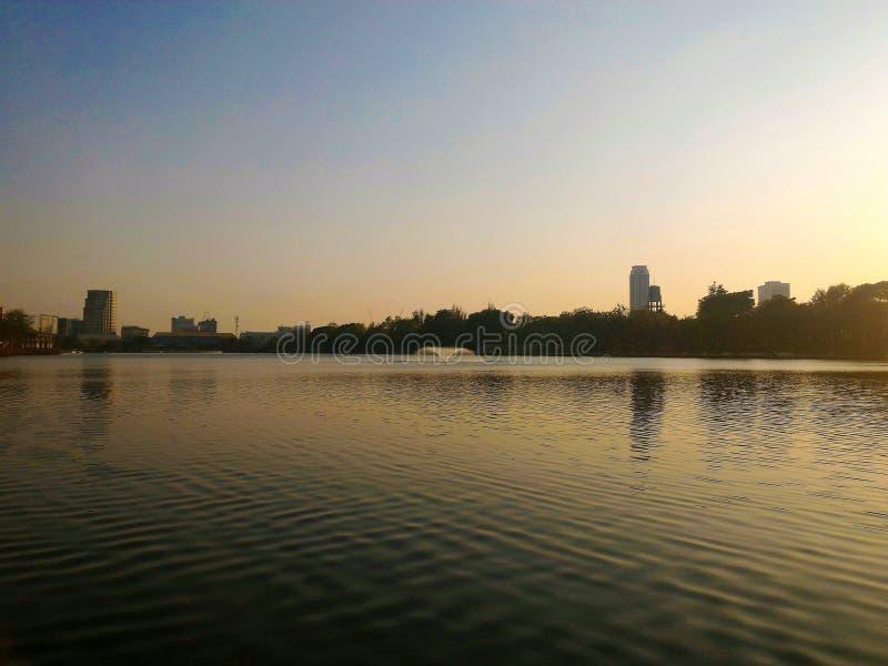 公园日落,曼谷,泰国 库存图片
