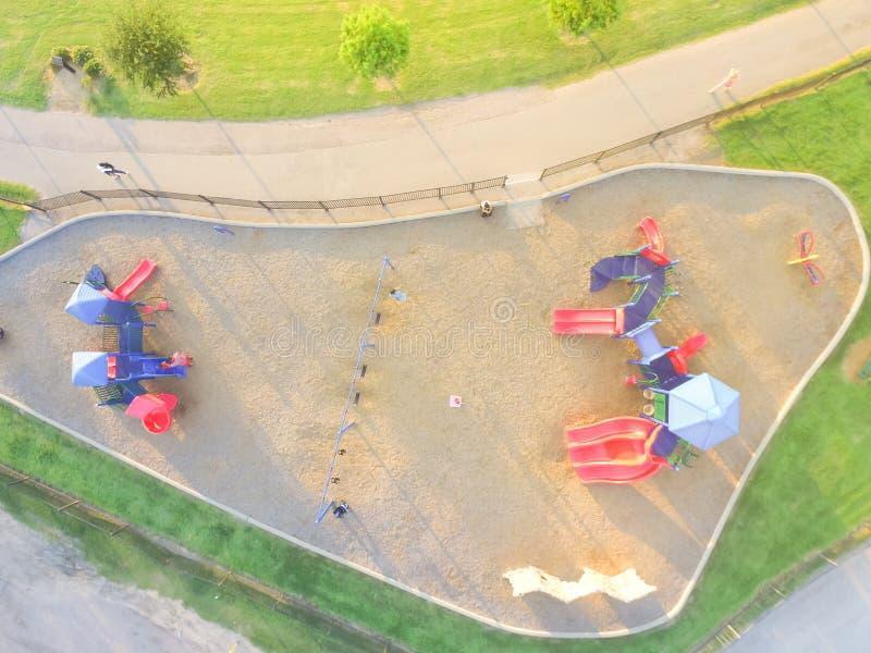 公园的鸟瞰图五颜六色的操场在休斯敦,得克萨斯 图库摄影