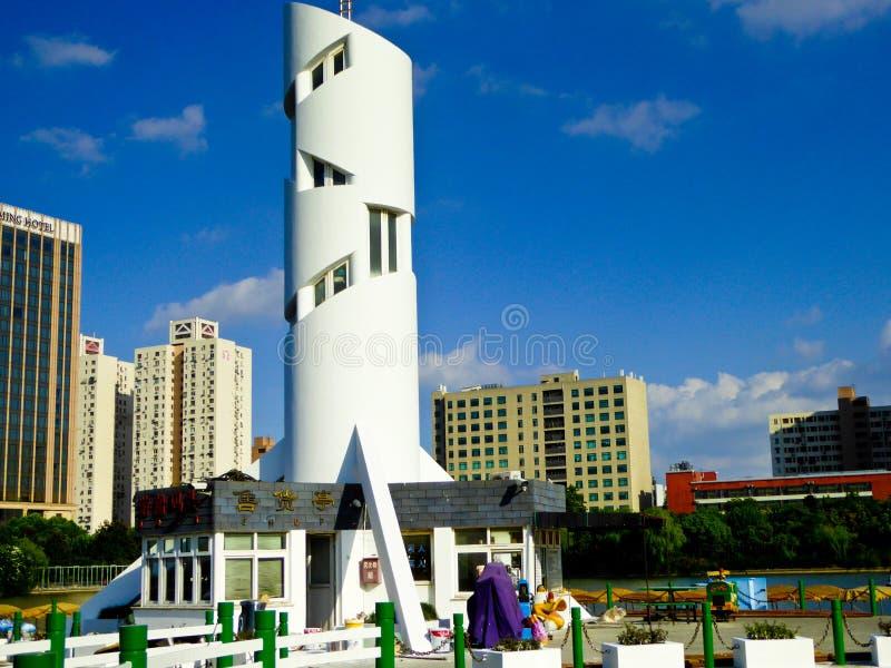 公园观光的小船船坞在上海 库存照片
