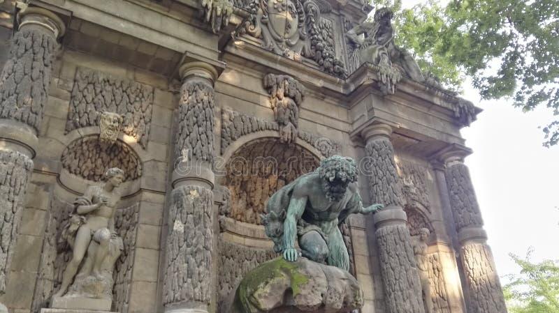 公园巴黎medici喷泉旅游业 免版税图库摄影