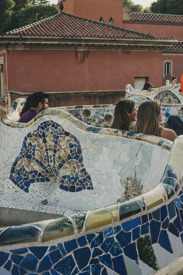 公园Guell长凳,现代主义 免版税库存照片