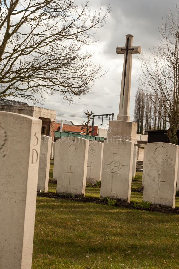 公墓下落的战士第一次世界大战富兰德比利时 库存图片