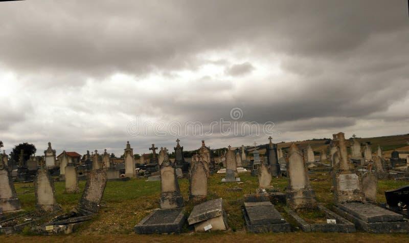 公墓-最后的光 免版税库存照片