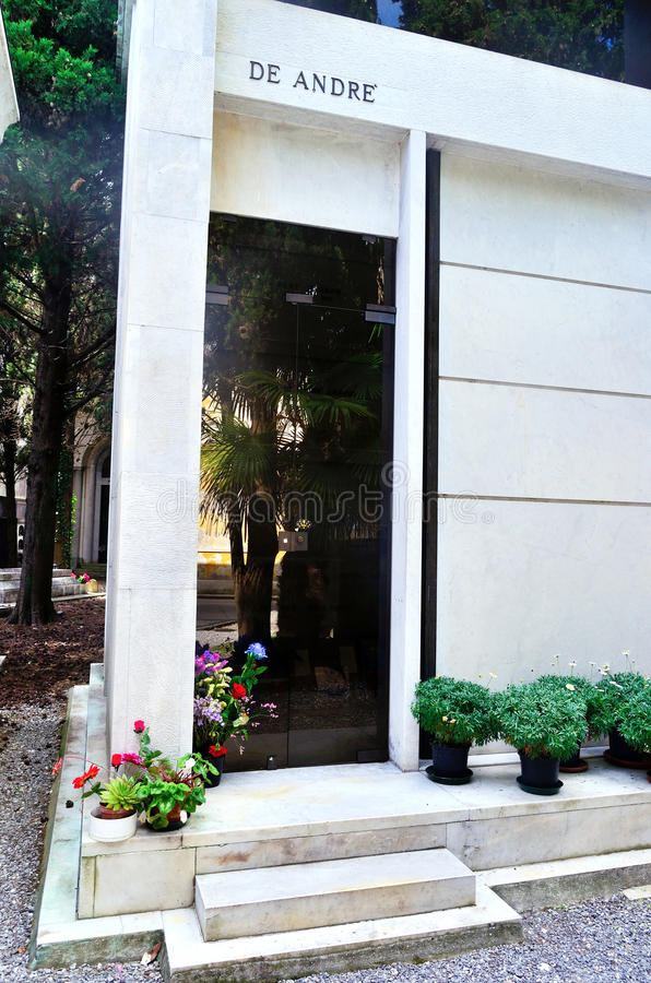 公墓staglieno,法布里齐奥de安德烈坟茔  库存图片