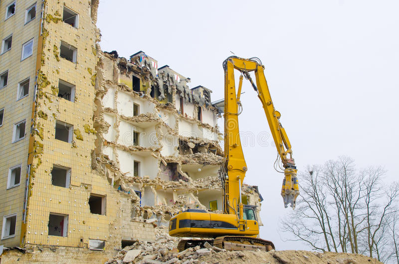 Download 公寓单元爆破 库存图片. 图片 包括有 建筑, 残骸, 封锁, 水泥, 挖掘机, 酿酒厂, 具体, 操刀 - 30337409