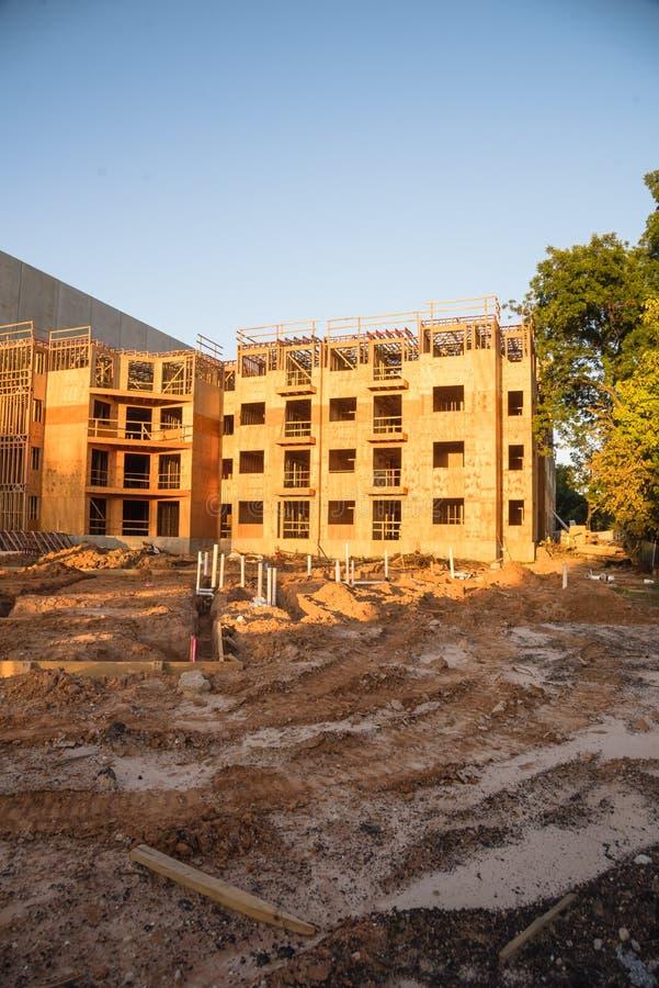 公寓站点建筑在汉茨维尔,得克萨斯,美国 免版税库存照片