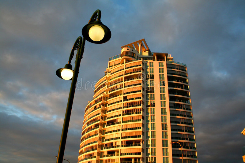 公寓街灯塔 库存照片
