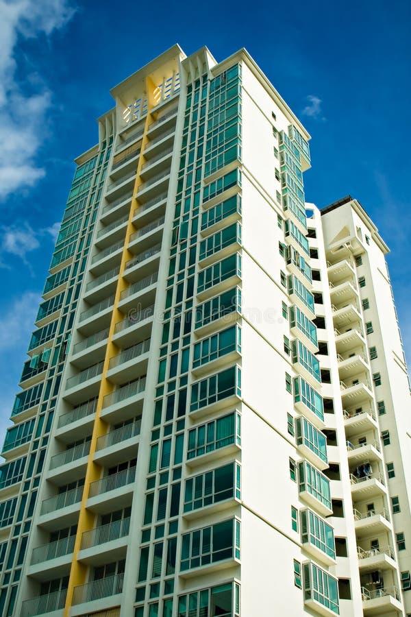 公寓高层 免版税图库摄影