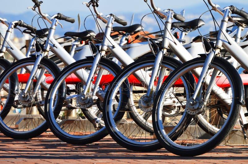 公开自行车运输系统 库存图片