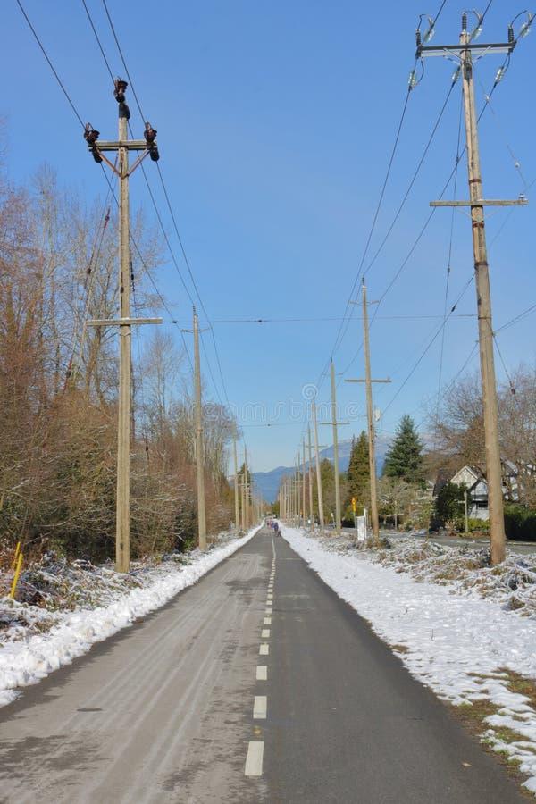 公开路在冬天 库存图片