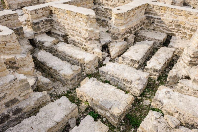 公开浴,老奥尔海伊,摩尔多瓦废墟  库存图片