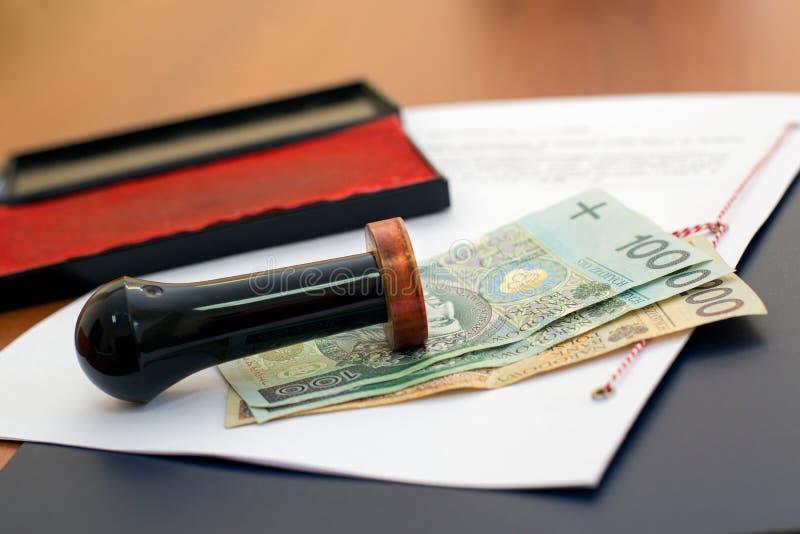 公证员服务的费用 库存图片
