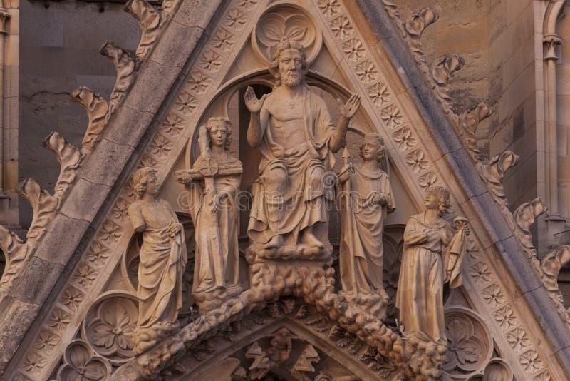 兰斯大教堂  免版税库存照片