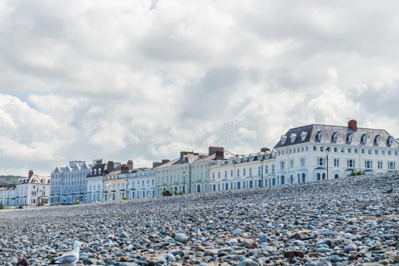 兰迪德诺海滨人行道在北部威尔士,英国 免版税图库摄影