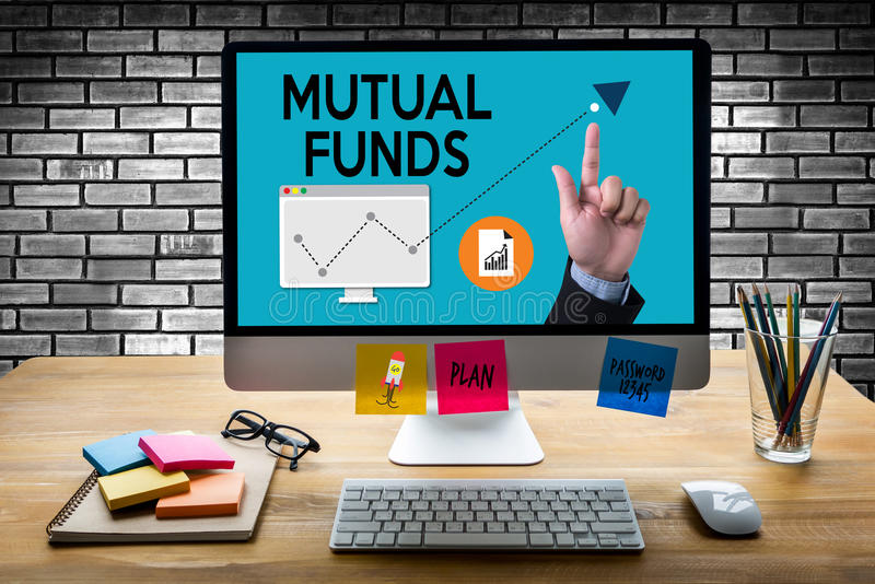 共同基金财务和金钱概念,在共同基金的焦点我 皇族释放例证