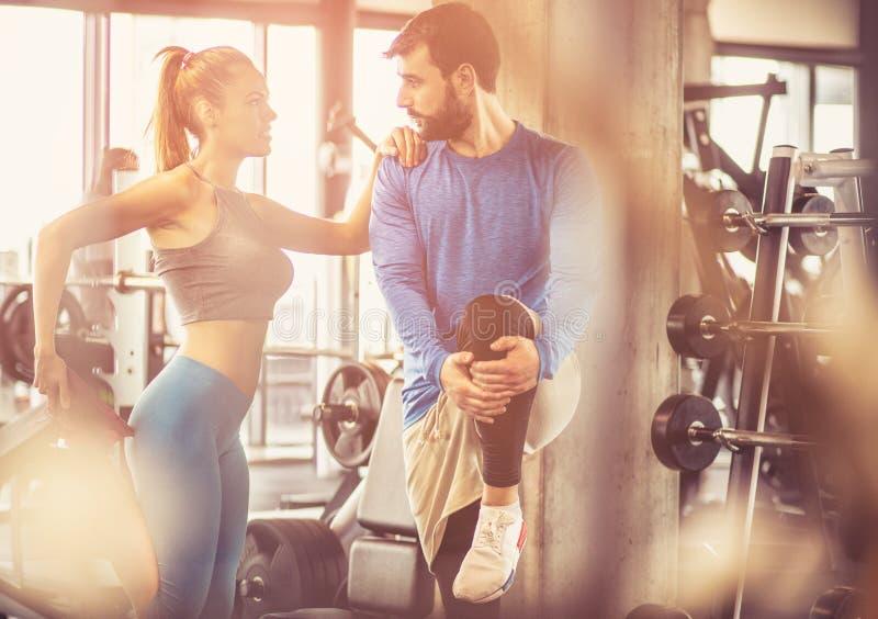 共同的锻炼总是更加容易和赋予生命 免版税库存图片