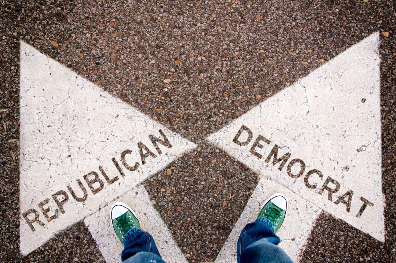 共和党人和民主党标志 免版税库存图片