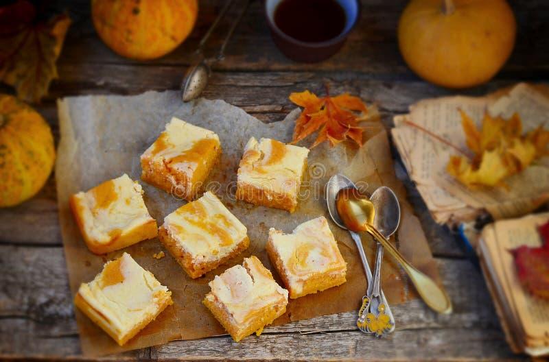 关于乳脂干酪的南瓜饼 库存图片