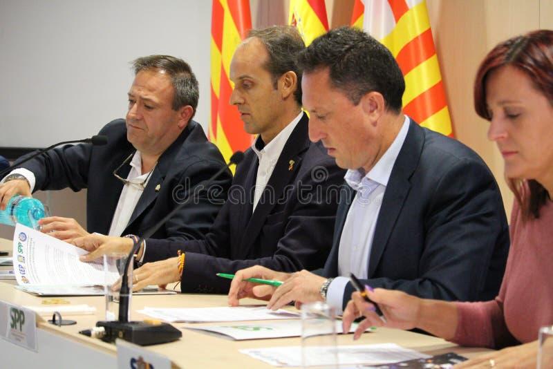 关于加泰罗尼亚的公民投票的西班牙警察 库存图片