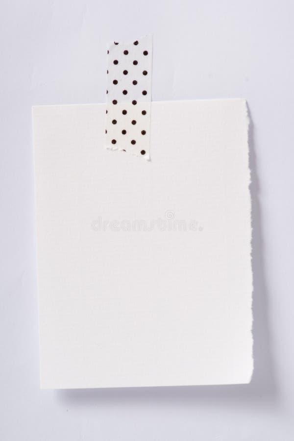 关于墙壁的空的笔记 免版税库存图片
