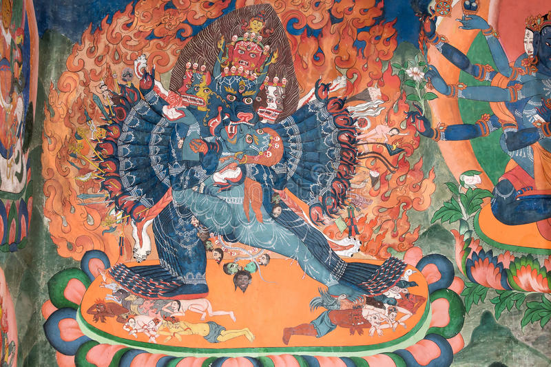 关于菩萨故事的传统绘画艺术在寺庙墙壁上 免版税库存照片