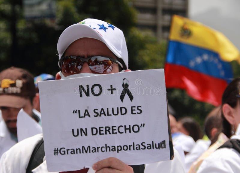 关于医学短缺的委内瑞拉人抗议 免版税库存图片