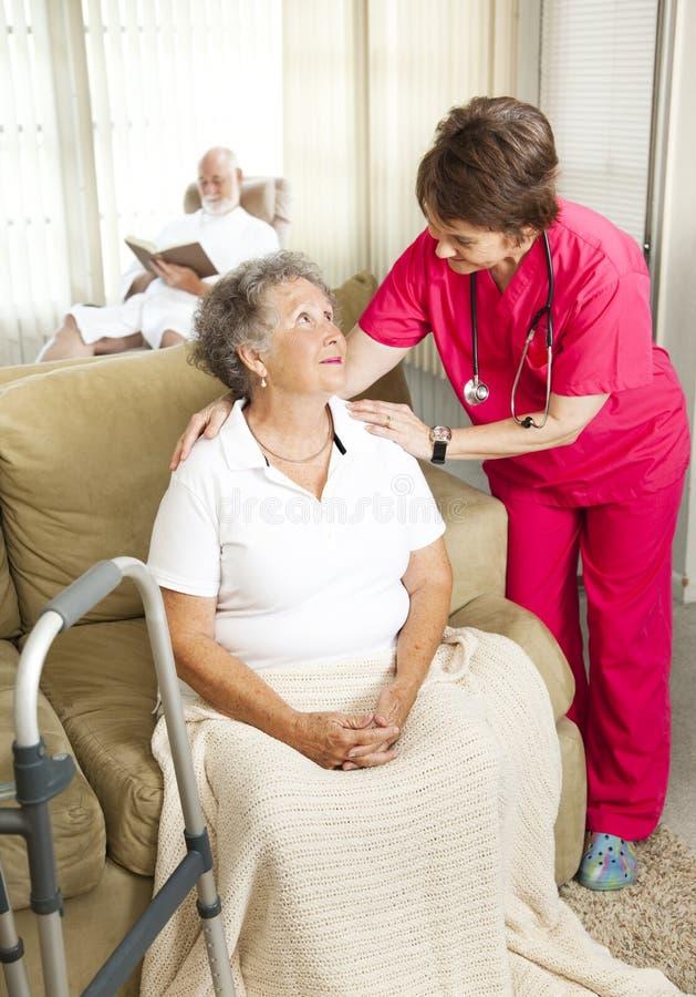 关心家庭看护前辈 库存照片