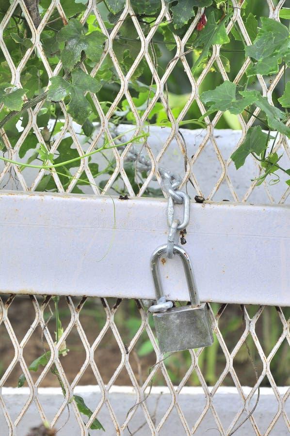 关键锁门 图库摄影