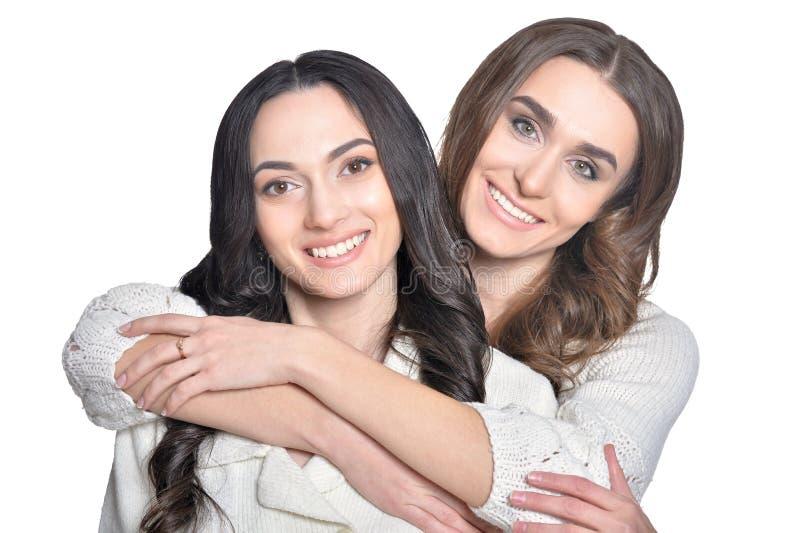 关闭两个女朋友画象  免版税库存图片