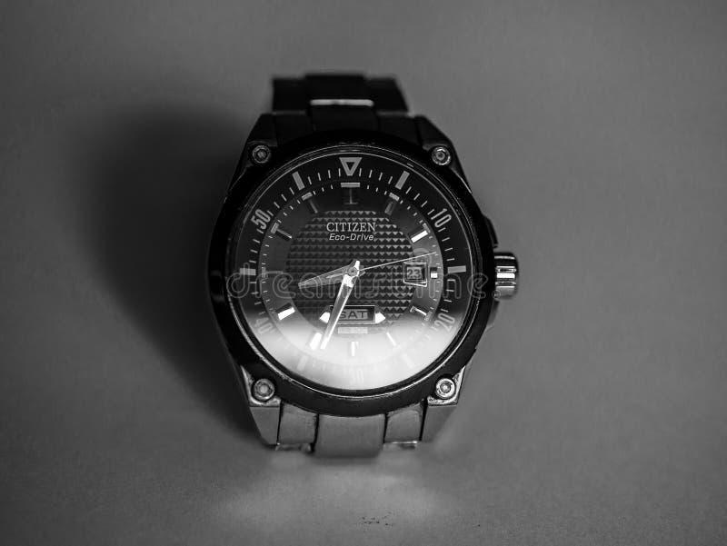 关闭公民环境驱动手表 库存图片