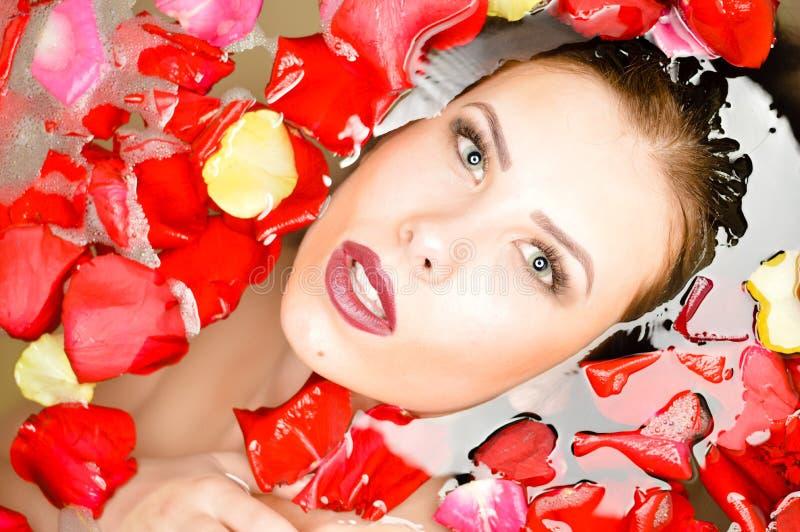 Download 关闭典雅的性感的俏丽的女孩画象与 库存图片. 图片 包括有 欢欣, 豪华, 裸体, 胡子, 爱好健美者, beautifuler - 62539263