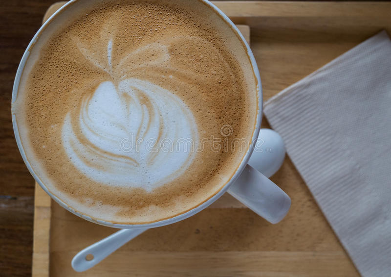 关闭咖啡拿铁艺术 免版税库存图片