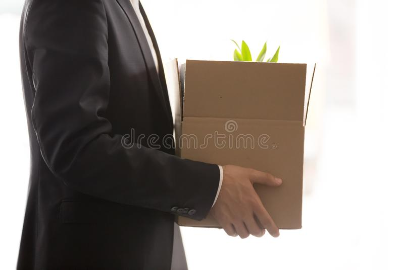 关闭商人有私人物品的藏品箱子 免版税图库摄影