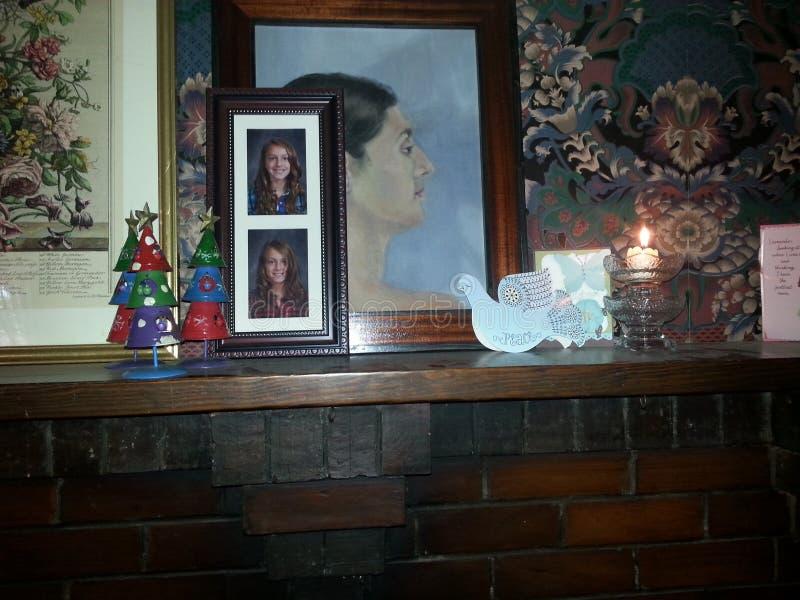 关闭圣诞节壁炉台 免版税库存图片
