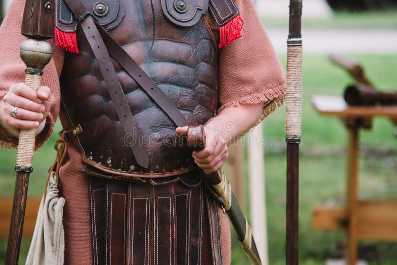 关闭在百人队队长-罗马古老战士 库存图片