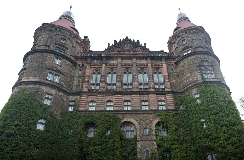 关闭在Ksiaz城堡塔 免版税库存图片