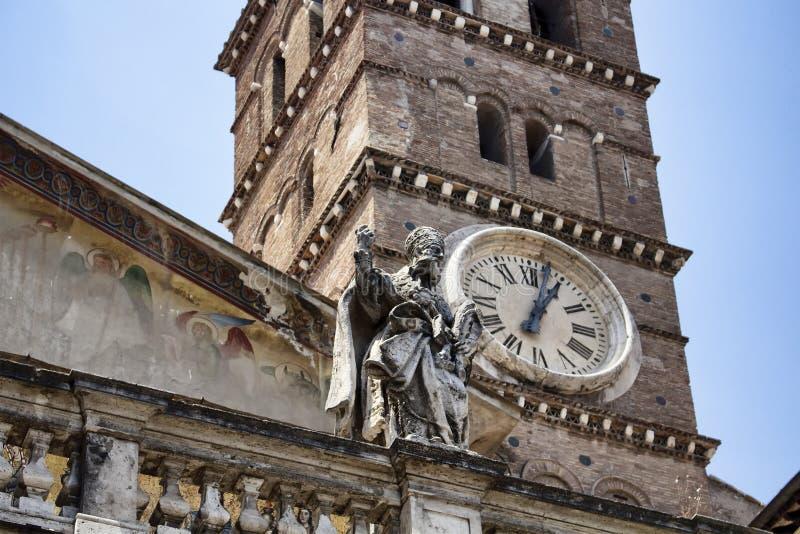 关闭我们的夫人大教堂在Trastevere 库存照片