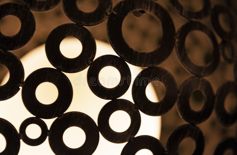关闭有圆环设计的灯 免版税库存照片