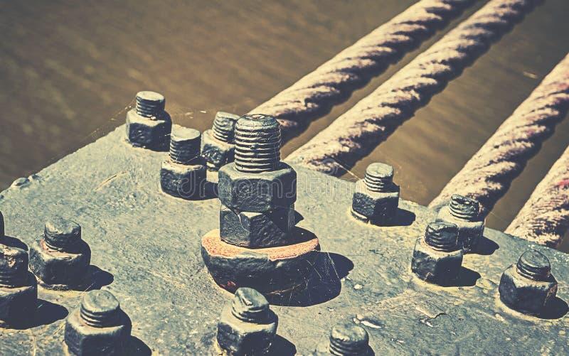 关闭桥梁建筑,工业背景 免版税库存照片