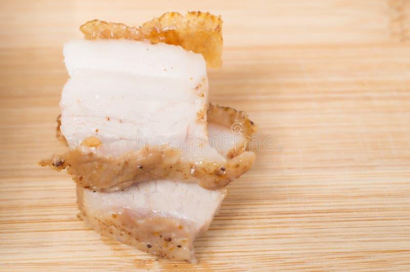 关闭汉语烤猪肉腹部片断的看法  免版税库存图片