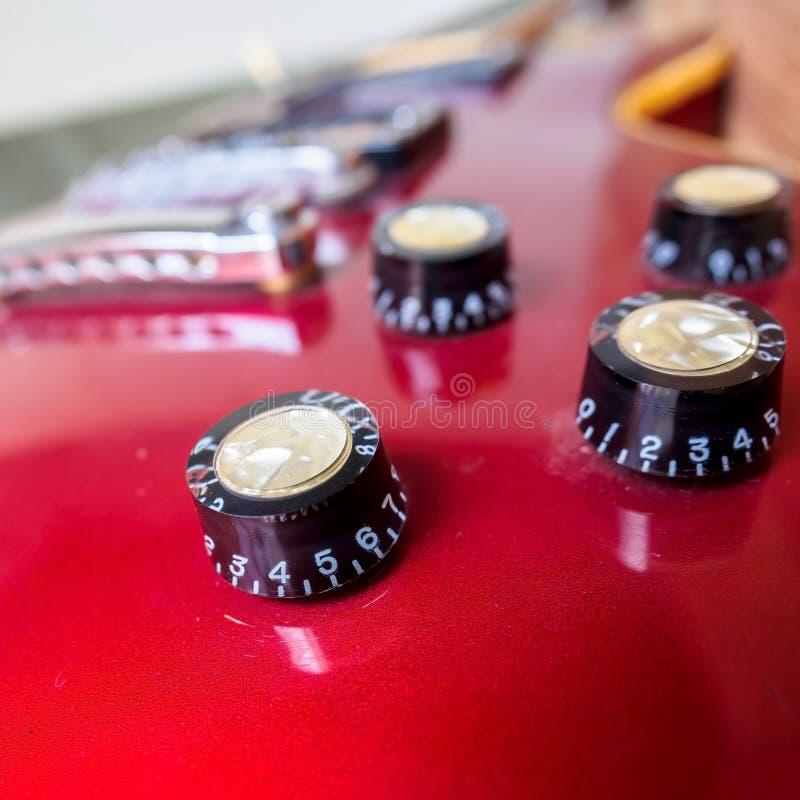 关闭电吉他容量瘤 库存照片