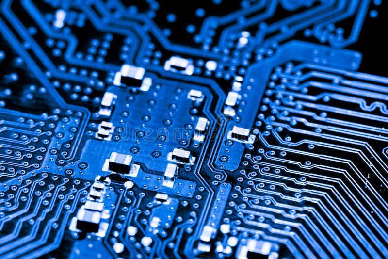 cpu性能天梯圖_cpu性能排行_高性能計算機與多cpu