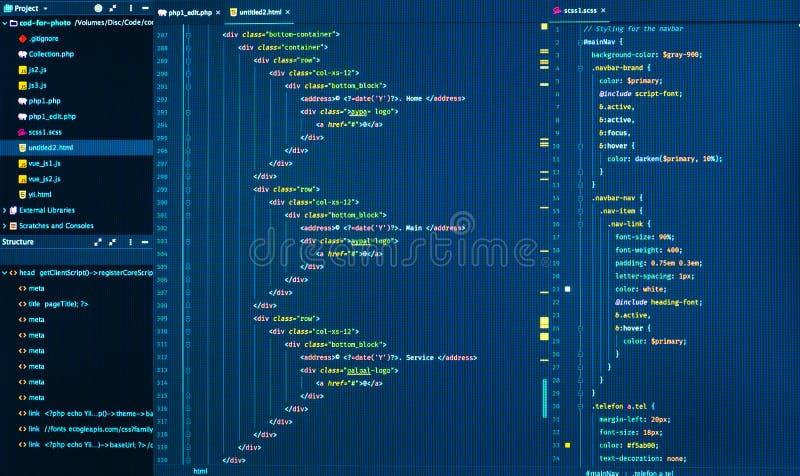 关闭编码的html和的css,正面图 网发展代码 免版税库存照片