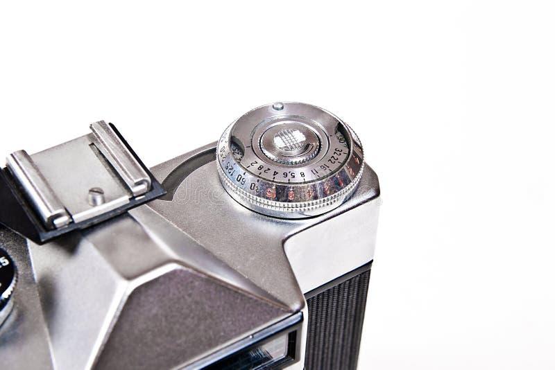 关闭老减速火箭的照相机看法在白色背景的 免版税库存图片