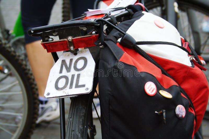 关闭自行车在临界质量desmonstration 图库摄影