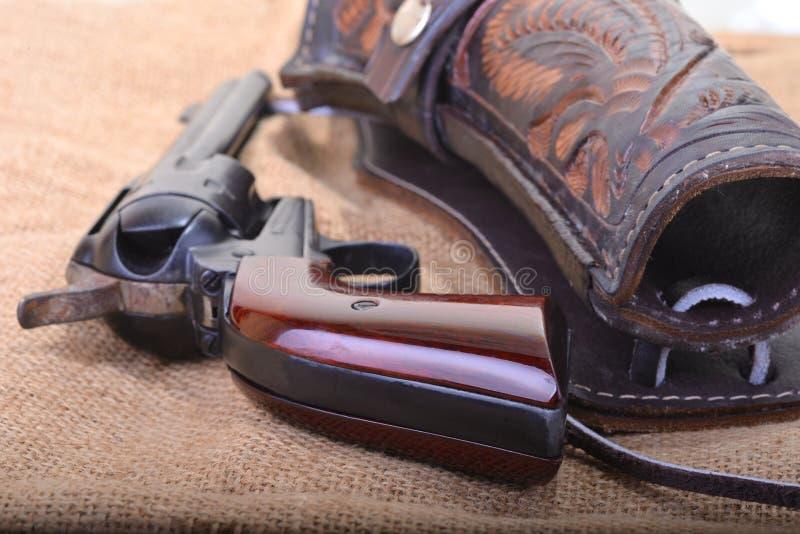 关闭西部六发式左轮手枪左轮手枪 图库摄影