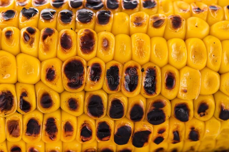 关闭Grilled甜玉米 免版税库存图片