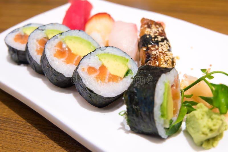 关闭s品种寿司集合 免版税库存图片