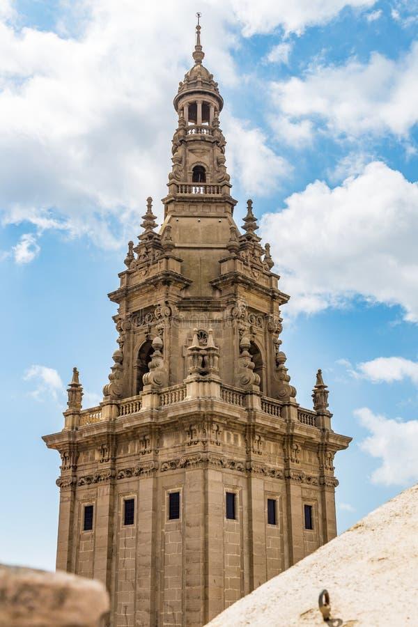 其中一个国家博物馆的塔在巴塞罗那,西班牙 免版税库存照片